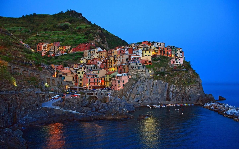 Обои дома, лигурийское побережье, скалы, чинкве-терре, бухта, риомаджоре, лодки. Города foto 17
