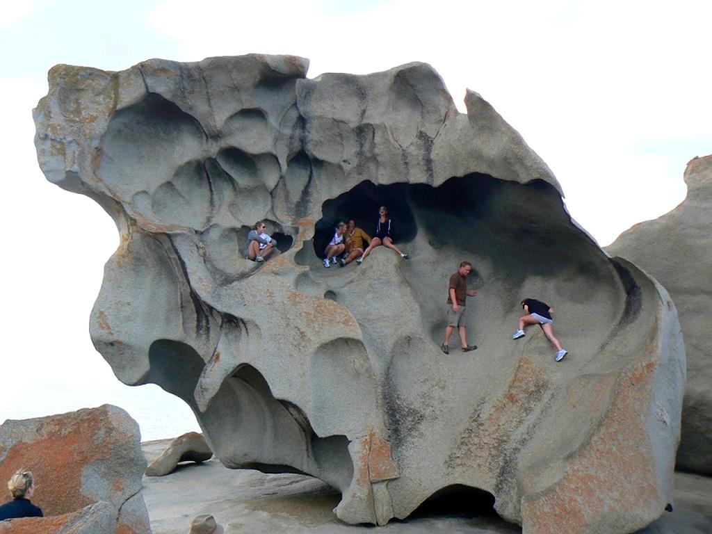Замечательные скалы Австралия