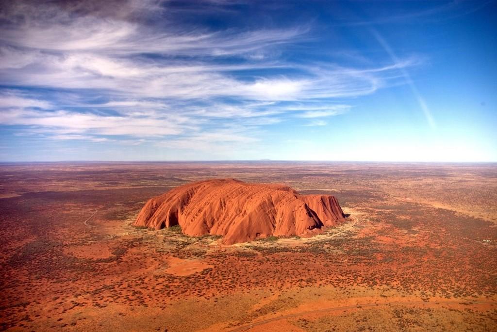 Улуру в Австралии,