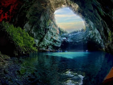 Пещера Мелиссани (Греция)