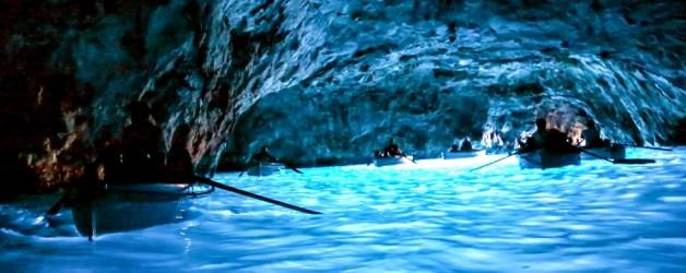Голубой Грот на острове Капри (Италия)