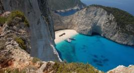 Бухта Навагио на острове Закинф (Греция)