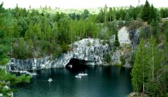 Мраморный Каньон  Рускеала (Россия)